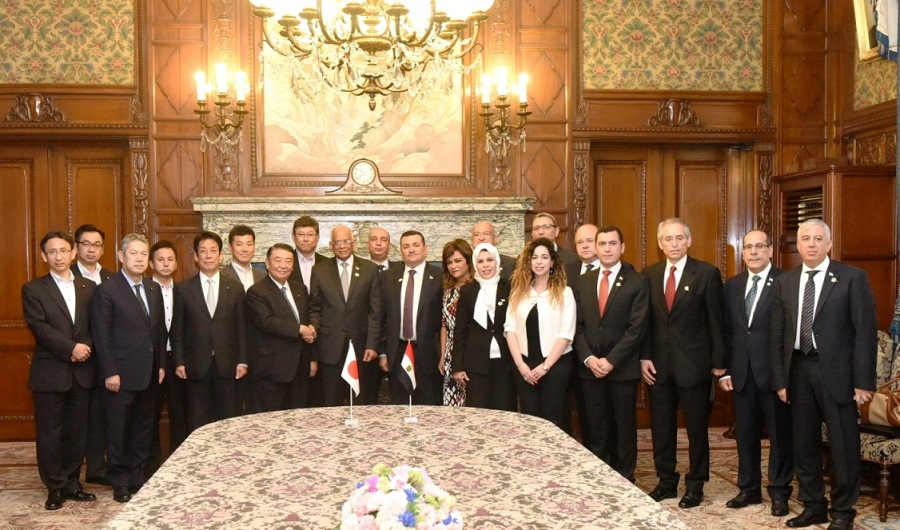 Egyptian Speaker visits Speaker Oshima : Click on the title or picture to display topic details.