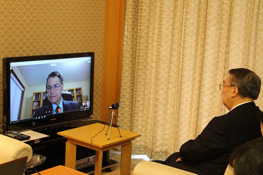 Speaker Oshima's meeting with Canadian Speaker: Click on the picture to display topic details.